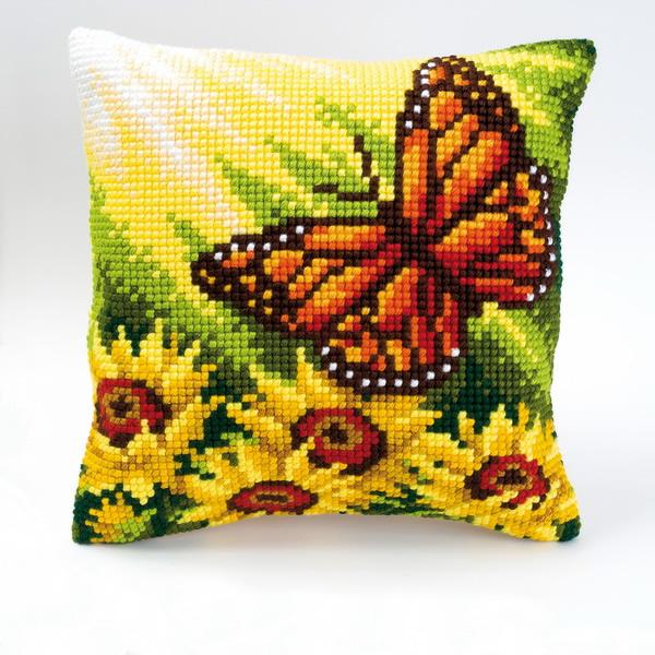 Вышивка крестом схемы бабочка на подушке