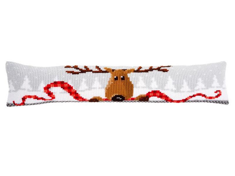 Вышивка крестом олени подушка