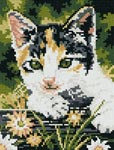 Бесплатная схема для вышивки крестом Котенок в саду