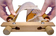 Пяльца-рамка гобеленовая с легким креплением 22 х 22 см