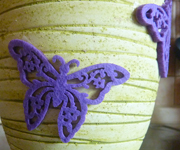 Украшение из фельта бабочка фиолетовая