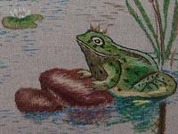 Вышивка гладью Царевна-лягушка. Фрагмент1